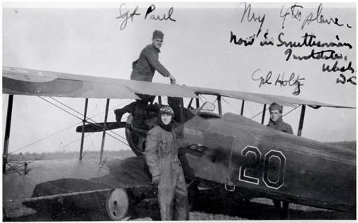 Ray Brooks and ground crew with Smith IV